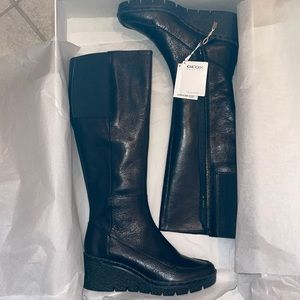 BNIB Geox wedge black boot. Size 5